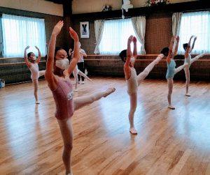 岡山バレエ教室、小学校低学年対象バレエクラス