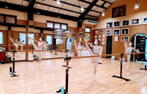 岡山県バレエ教室(スタジオ)バレエハウス本田 小学生クラス